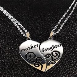 Парные кулоны для мамы и дочки в виде сердца - фото 13336