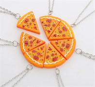 """Кулоны для семи друзей """"Кусочки пиццы"""""""