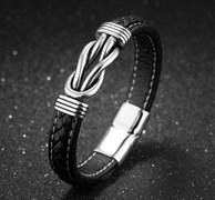 кожаный браслет для мужчины со стальным элементом